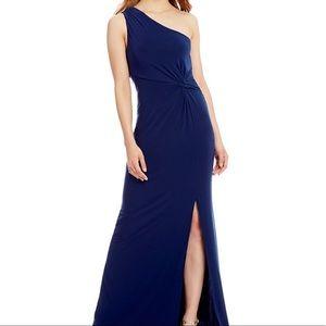 Laundry Shelli Segal One Shoulder Front Slit Gown